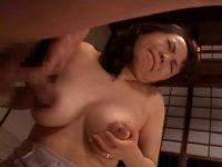 昭和の熟年カップルが夫婦の寝室で濃厚なセックスをしてるおばさんの日活 無料 鳥居聖子