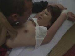立ち退きを迫られた男が美人妻を襲い次第に受け入れていくzyukuzyotv