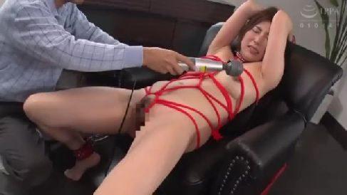 エロい体を縄で緊縛され絶頂していくM性癖な熟女セックス動画