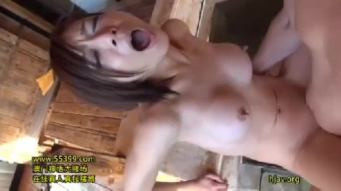美人な若妻が夫に内緒でAV初撮りで激しく悶える熟女セックス動画
