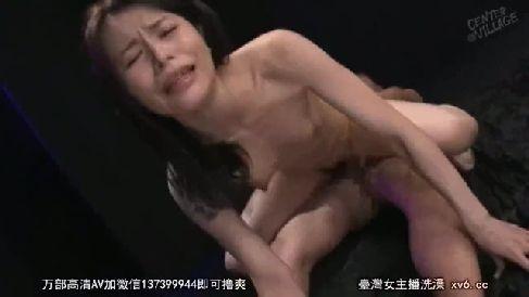 スレンダーな四十路の熟女妻が溜まった性欲を吐き出し激しく乱れる熟女セックス動画
